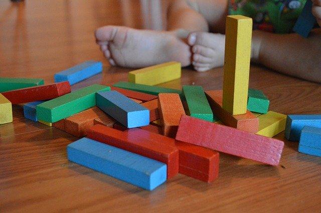 dřevěné kostky.jpg