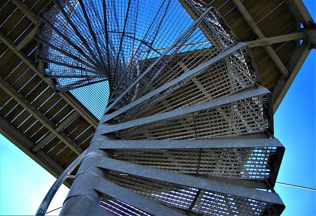 průmyslové schodiště